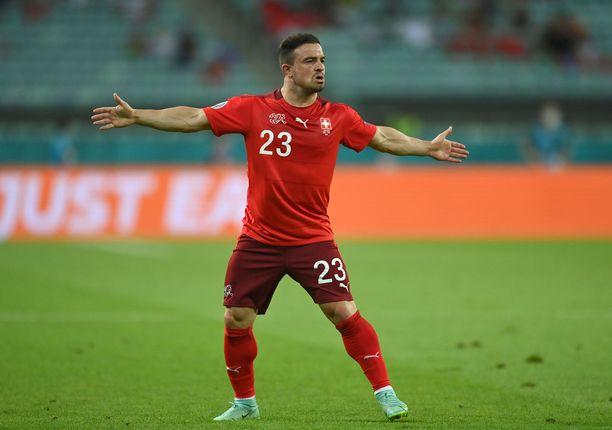 Sveitsin keskikentän patukka Xherdan Shaqiri iski komean 2–0-maalin Turkin verkkoon.