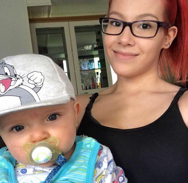 Juuli Hautala järkyttyi siitä, että kymmenkuisen Lucas-pojan henki vaarantui järjettömän liikennekäytöksen takia.
