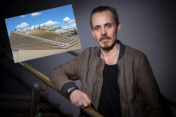 Näyttelijä Jasper Pääkkönen on mielissään Löylyn saamasta huomiosta. Panostus kannatti, ja nyt Löylystä on tehty suojelukohde.