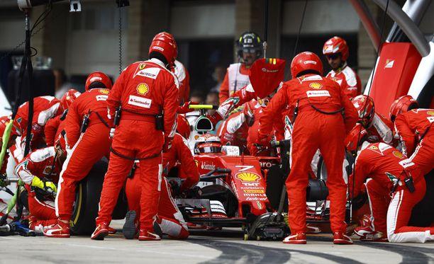 Ferrarilla on viikko aikaa varmistaa, ettei USA:n GP:ssä nähtyä varikkosekoilua nähdä enää Meksikon GP:ssä.