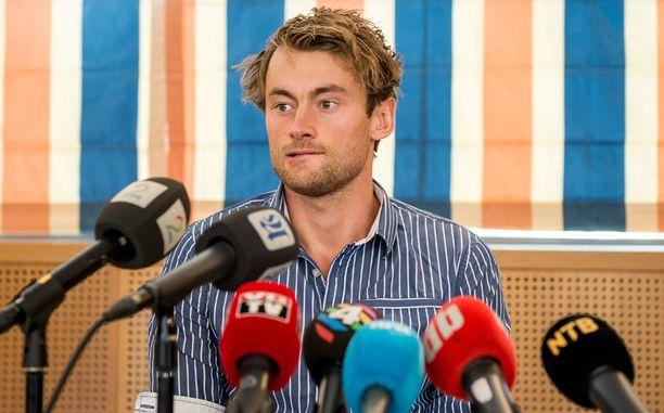 Olympiavoittaja Petter Northug pyysi anteeksi käytöstään saatuaan tuomion rattijuopumuksesta.