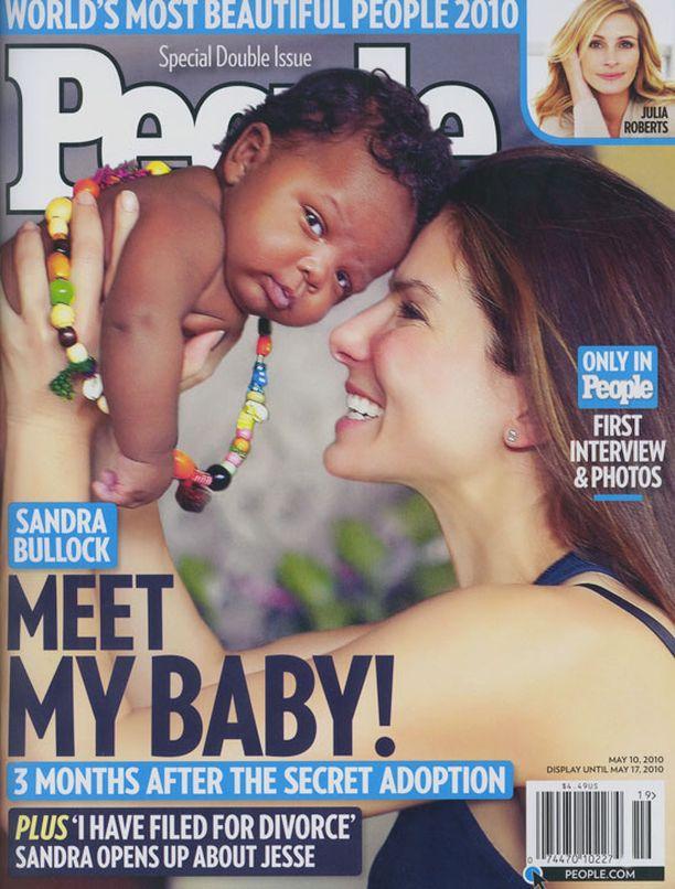 Sandra kertoi jymy-yllätyksenä tulleesta adoptiostaan People-lehdessä.