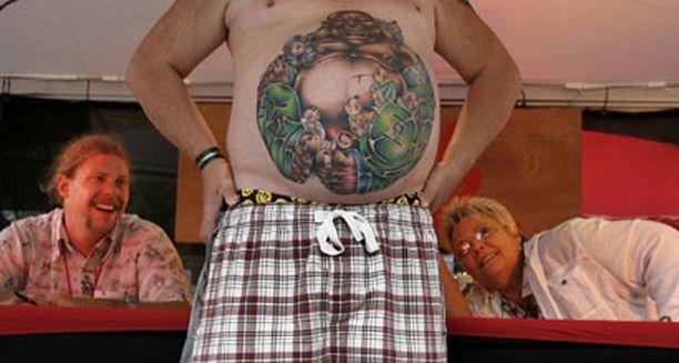 Ihoaan koristelevat kokoontuivat esittelemään vartaloitaan Floridassa heinäkuun puolessa välissä.