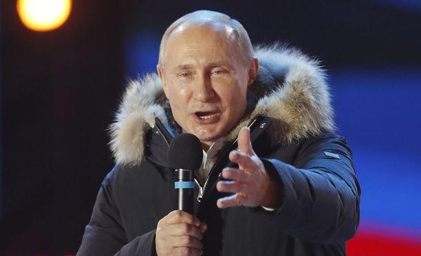 Vladimir Putin piti puheen Moskovassa 18. maaliskuuta sen jälkeen, kun tuli valituksi uudelle presidenttikaudelle.