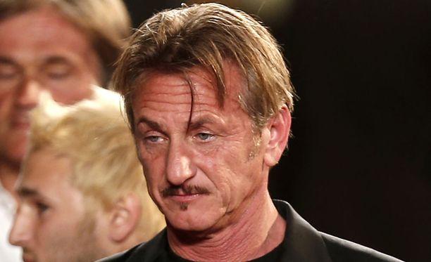 Sean Penn nähtiin lauantaina viettämässä iltaa Amber Heardin kanssa Los Angelesissa. Kuvassa Penn Cannesin elokuvajuhlilla toukokuussa 2016.