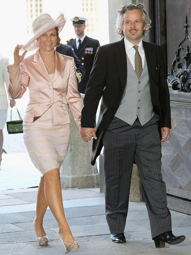 Norjan prinsessa Martha Louise luotti perinteiseen hattutyyliin.
