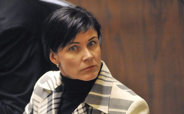 Marja Tiuran nimi on vilahdellut tiuhasti viime aikojen poliittisissa skandaaleissa.