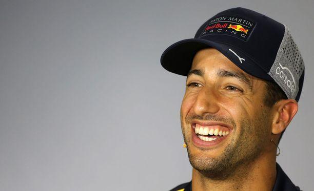 Daniel Ricciardo on viime aikoina yhdistetty niin Ferrari- kuin Mercedes-talliin.