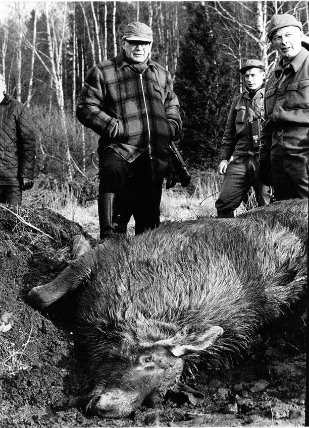 Kekkonen oli erämies, mutta metsästyksestä hän ei liiemmin välittänyt. Hän metsästi vain edustustehtävien yhteydessä.