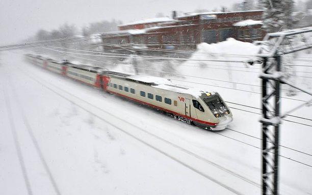 Jatkossa talvisen raideliikenteen ongelmia voivat selitellä VR:n lisäksi ulkomaiset junayhtiöt.