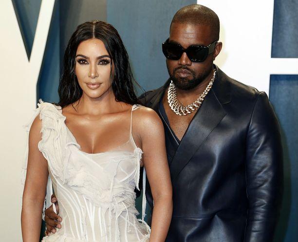 Kim Kardashian ja Kanye West avioituivat keväällä 2014 Italiassa.