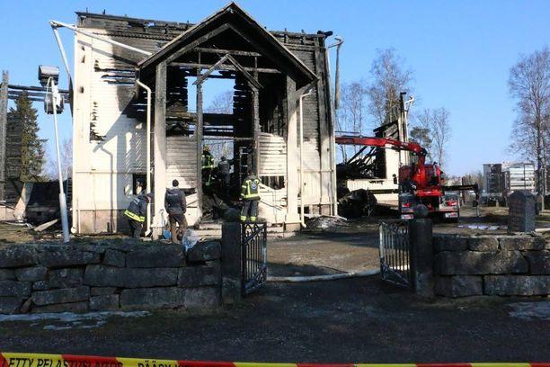 Kirkko tuhoutui palossa kokonaan.