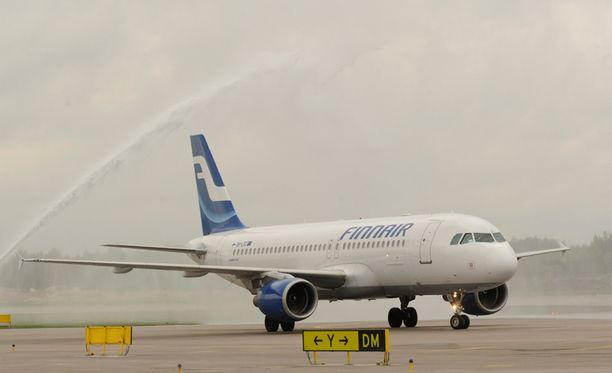 Finnair ja SLSY aloittavat jälleen säästöneuvottelut.