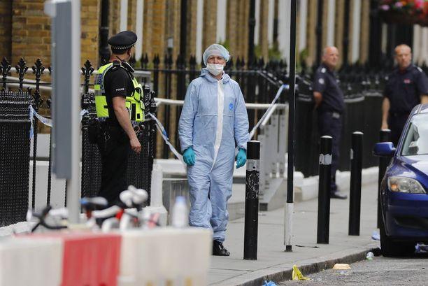 Lontoon terrori-iskusta on pidätetty 12 ihmistä.
