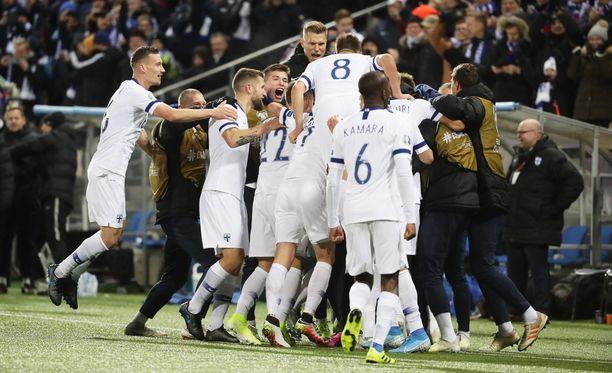 Huuhkajat kaatoi Liechtensteinin 3–0.