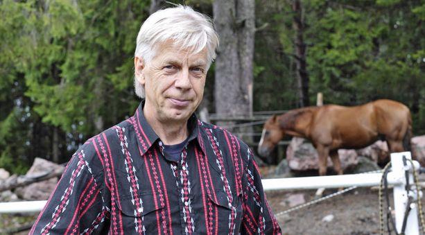 Kari Vepsä suhtautuu rauhallisesti uusiutuneeseen syöpään.
