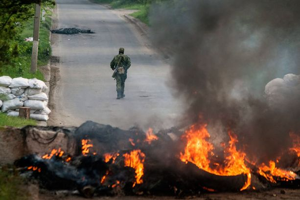 Slovjanskissa separatistit ja Ukrainan hallituksen joukot ovat ottaneet raskaasti yhteen.