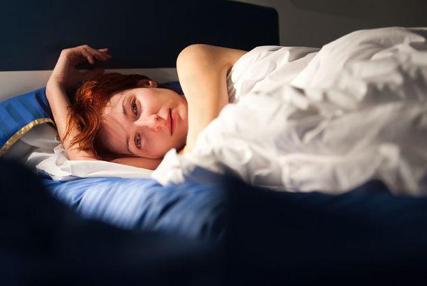 Sinisessä sisustuksessa voi nukkua jopa kaksi tuntia pidemmät unet kuin violetissa, ruskeassa tai harmaassa.