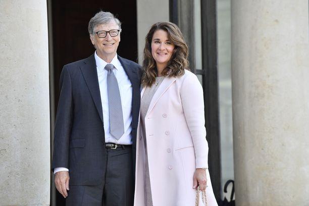Bill ja Melinda Gates eroavat pitkästä liitostaan.