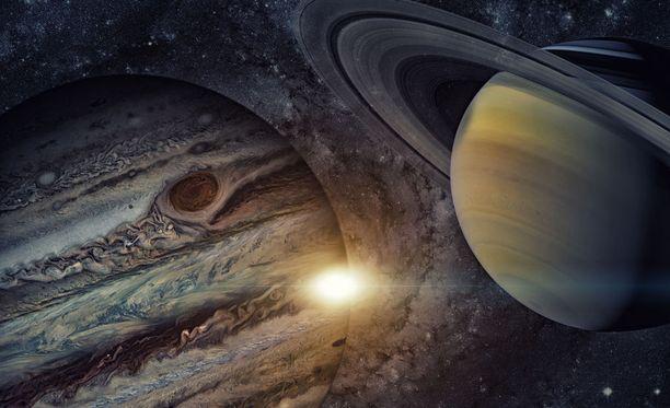 Saturnus näkyy taivaalla jopa muutaman kuukauden ajan.