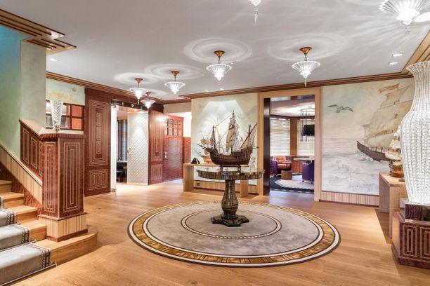 Kodissa näyttää pramealta, Huoneiden värimaailmat on ajateltuja.