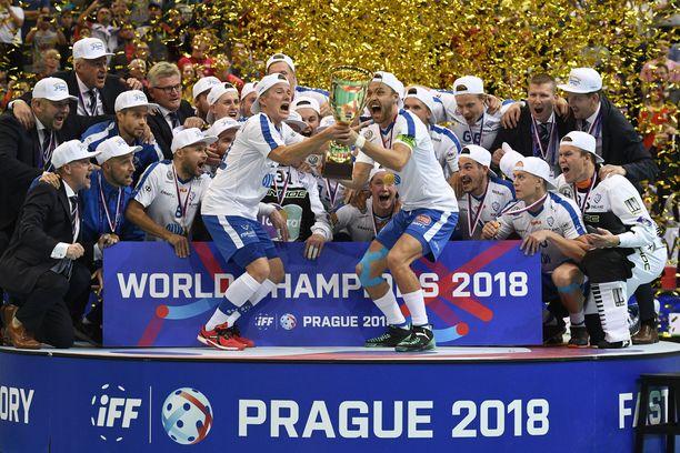 Salibandyn MM-kisat päättyivät Suomen juhliin.