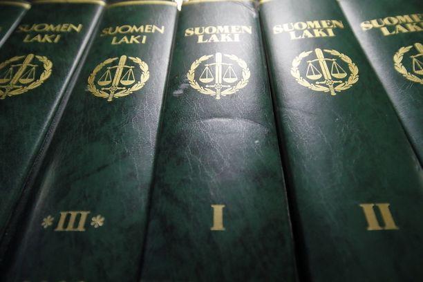 Etelä-Pohjanmaan käräjäoikeus käsitteli viime viikolla kauhavalaisessa vastaanottokeskuksessa tapahtunutta pahoinpitelyä.