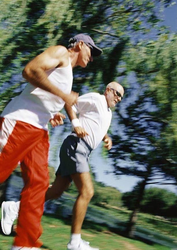 Yli 50-vuotiaiden miesten kannattaa käydä PSA-testissä vuosittain.