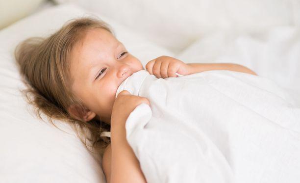 """""""Nukkumaanmeno, päivän hauskin tapahtuma,"""" sanoi ei yksikään lapsi koskaan."""