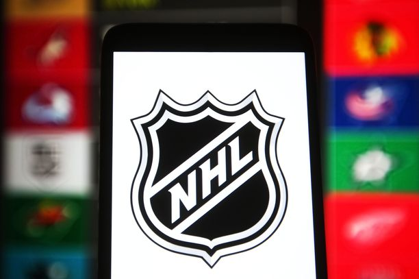 NHL asettaa rokotuksesta kieltäytyville pelaajille tiukat ehdot.