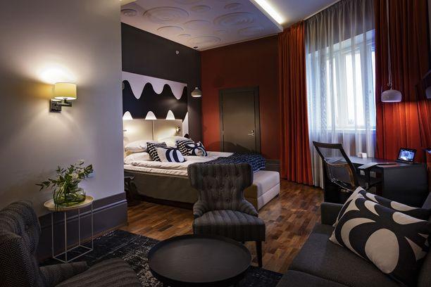 GLO Hotel Kluuvin uuden huoneet on sisustettu kuvitteellisten helsinkiläisten asunnoiksi.