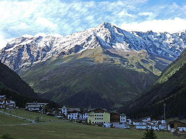 Mittagskogel-vuori sijaitsee Pohjois-Tirolissa.