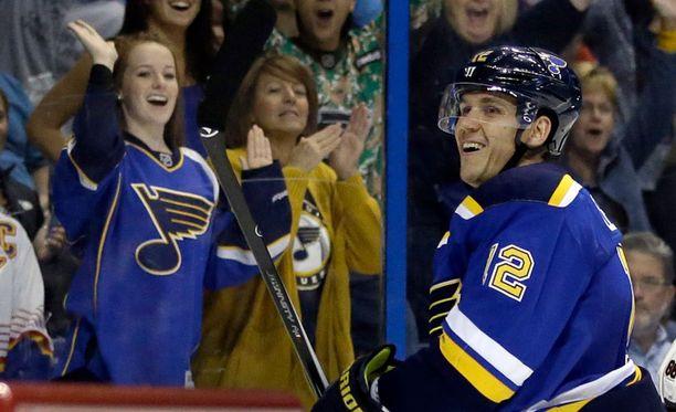 Jori Lehterä aloitti NHL-kautensa vakuuttavasti.