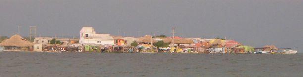 Santa Cruz del Islotelta ei löydy kerrostaloja tai autoja. Silti se on maailman tiheimmin asutettu saari.