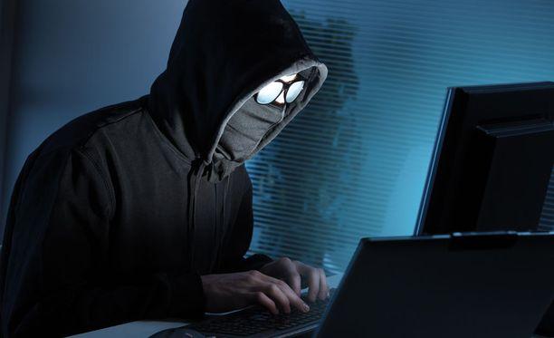 Oletko joutunut nettikiusaamisen uhriksi? Kerro meille kokemuksesi.