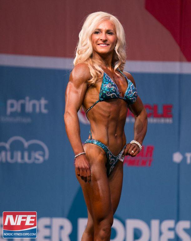 Miia Nyyssönen voitti body fitnessin SM-kultaa vuonna 2013.
