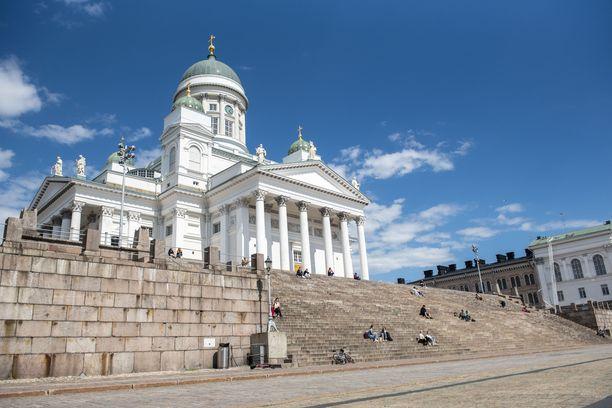 Yli puolet hakijoista halusi tulla Suomeen perheensä kanssa. Kuvituskuva.