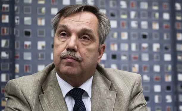 AKT:n vt. puheenjohtaja Arto Sorvali sydämistyi Jyrki Kataisin puheista.