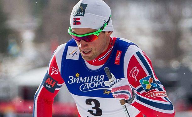 Petter Northug juhlii MM-kultaa.