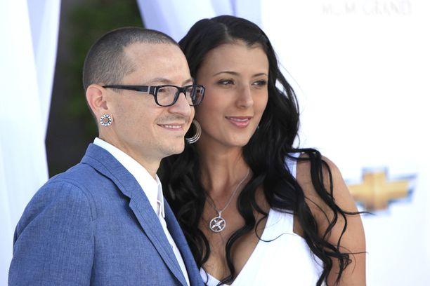Chester ja Talinda vuonna 2012.
