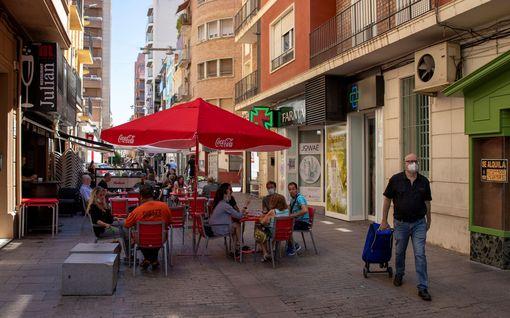Espanjassa eristyksiin jo toinen alue – koronatartuntojen määrä kasvanut alueilla huolestuttavasti