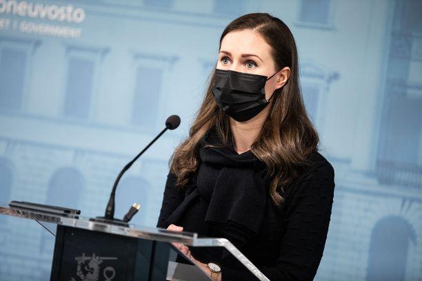 Pääministeri Marin kertoi hallituksen päättämistä rajoituksista ja suosituksista.