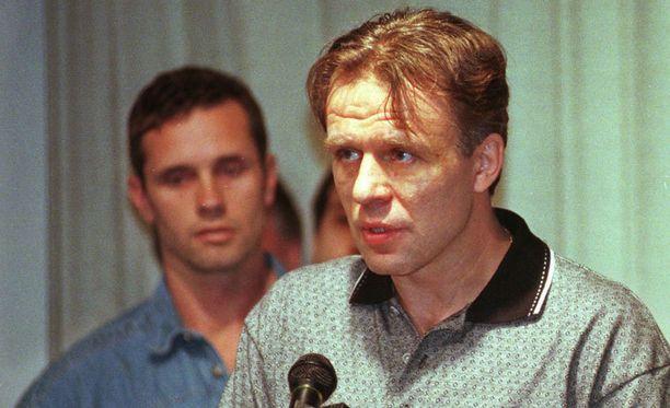 Vjatsheslav Fetisov pääsi lopulta NHL:ään ja voitti kaksi Stanley Cupia Detroitissa.
