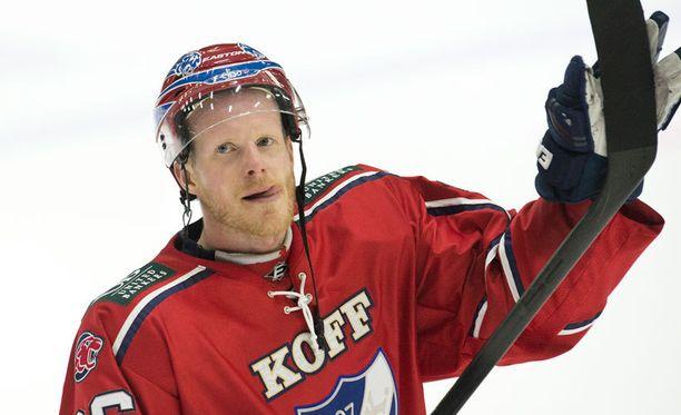Kapteeni Toni Söderholm jättää HIFK:n.
