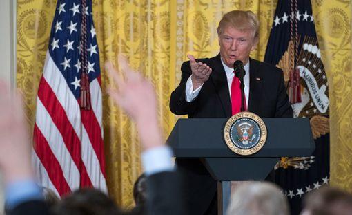 Trump piti tiedotustilaisuuden Valkoisessa talossa torstaina.
