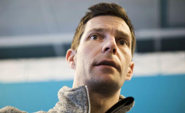 Mitkä olympiamitalit Janne Ahosen kaulaan on ripustettu roikkumaan?