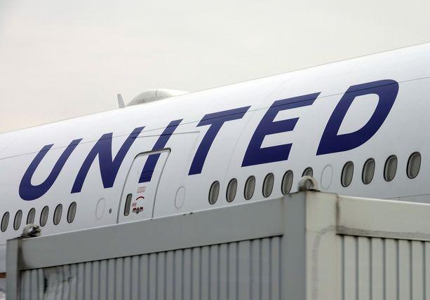 Unitedin koneen ovi jäätyi Kanadassa. (Kuvituskuva)