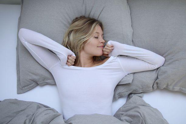Uni korjaa hapen aiheuttamia vaurioita soluille ja hoitaa kehon lisäksi myös mieltä.