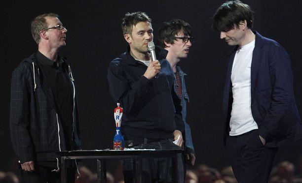 Myös Blur sai kunniaa työstään musiikin eteen.