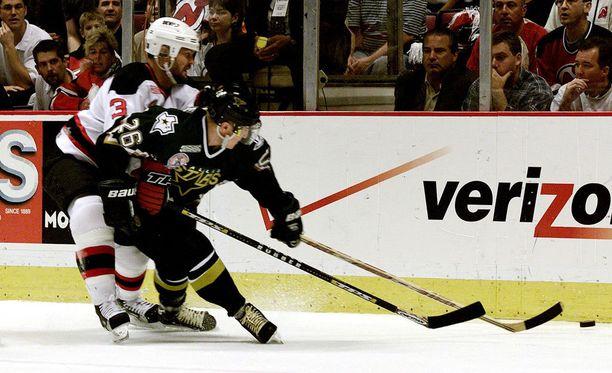 Jere Lehtinen muistelee lämmöllä Stanley Cup -voittoa.